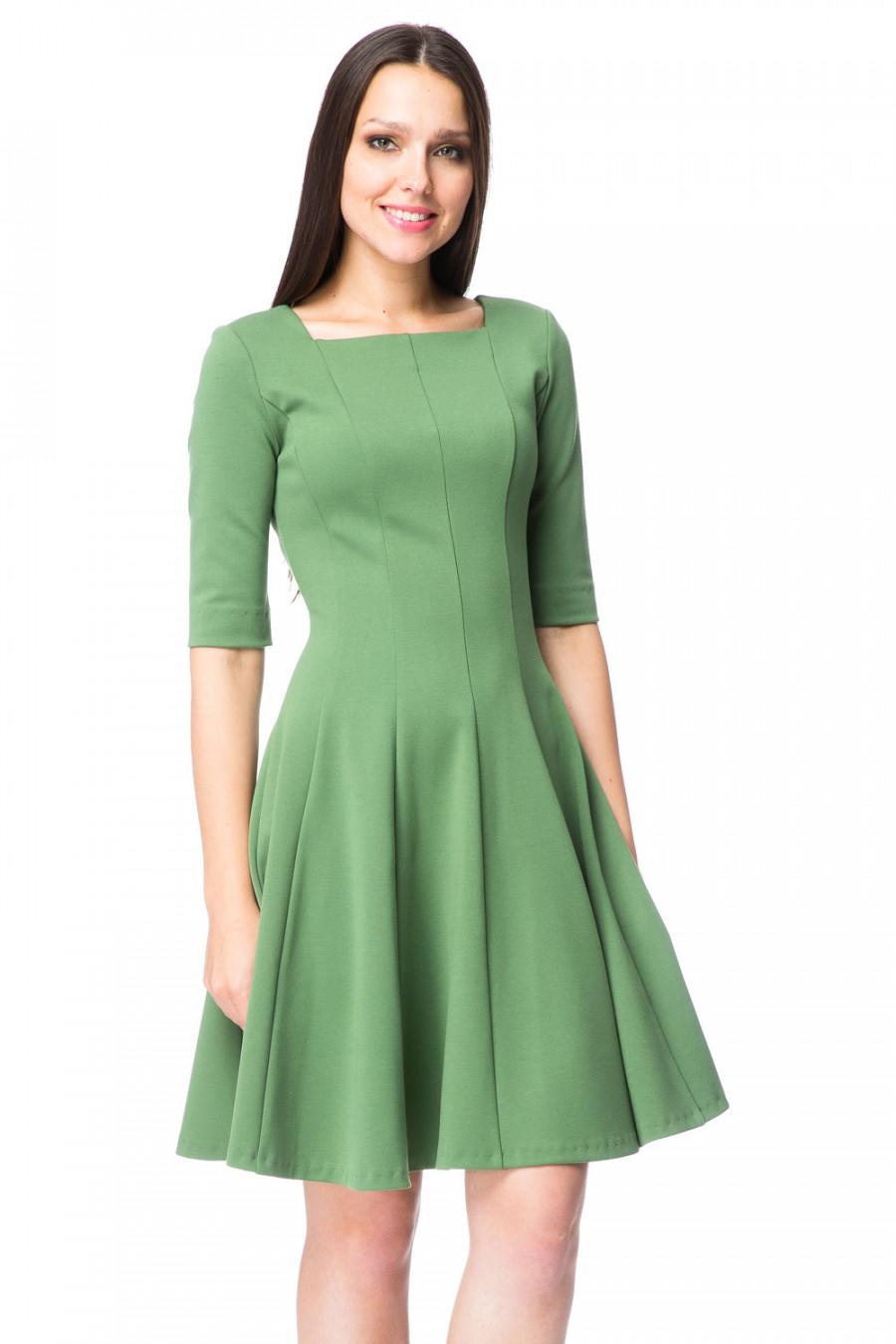 Платье Однотонное До Колен Полусолнце